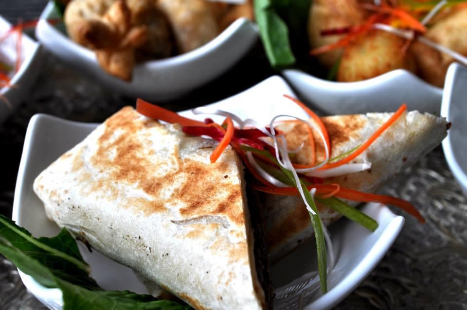 Cheese & mint samosa