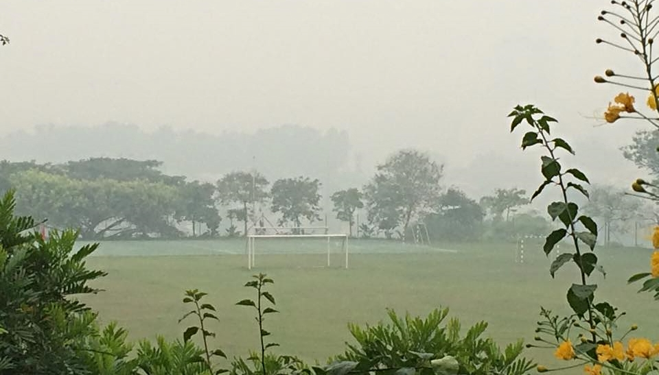 SCHOOLS CLOSED:An empty field in an international school in Cheras. Schools were ordered shut down as air pollution levels skyrocketed.