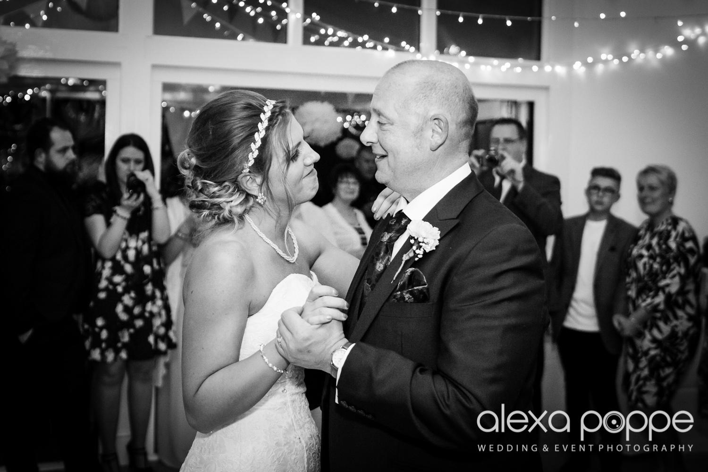 CC_wedding_thegreen_cornwall-73.jpg