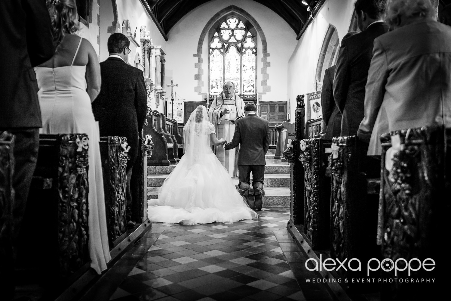 wedding_rock_cornwall-35.jpg