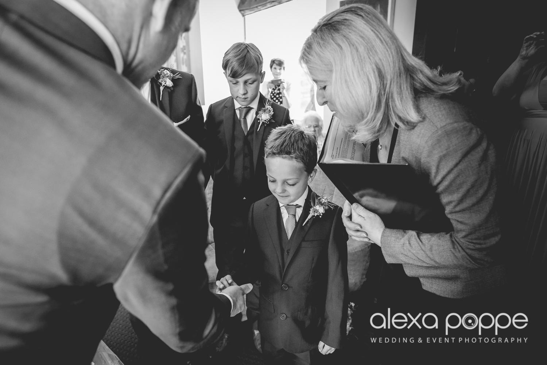 LP_wedding_cornwall-28.jpg