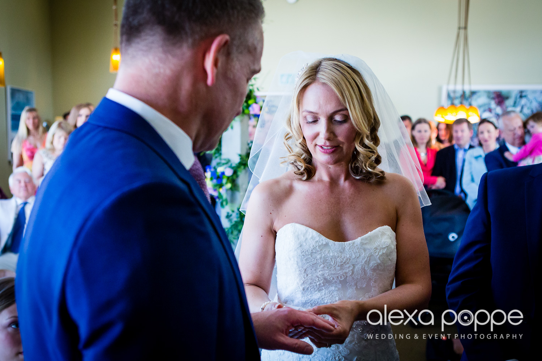 LP_wedding_cornwall-29.jpg
