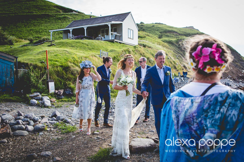 LP_wedding_cornwall_devon-19.jpg