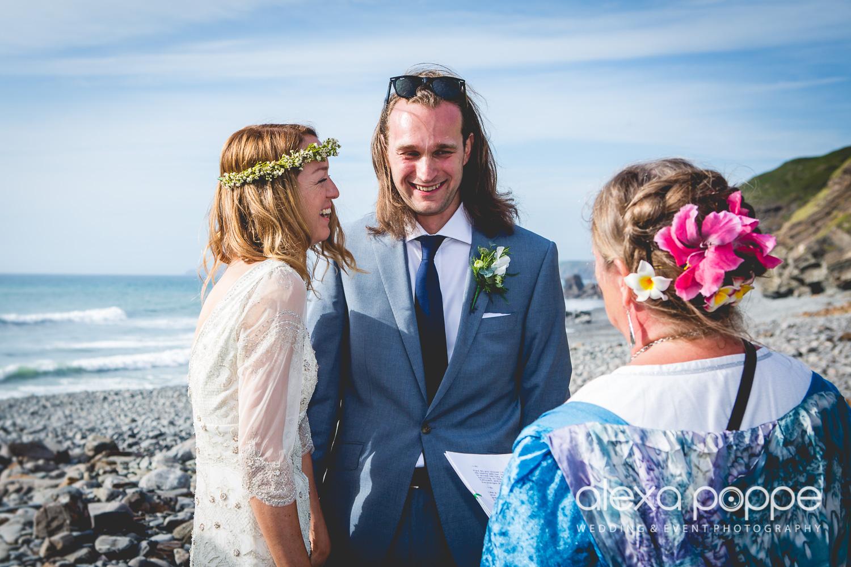 LP_wedding_cornwall_devon-26.jpg