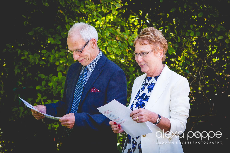 VJ_wedding_cornwall-27.jpg