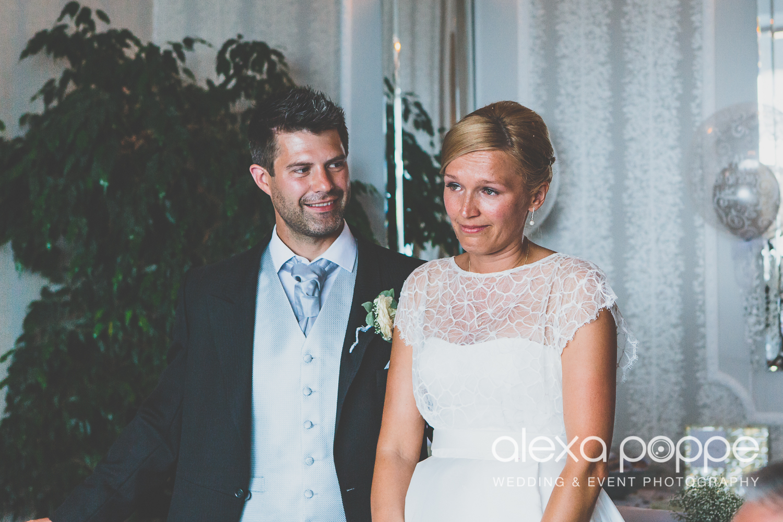 OA_wedding_carbisbay_cornwall-64.jpg