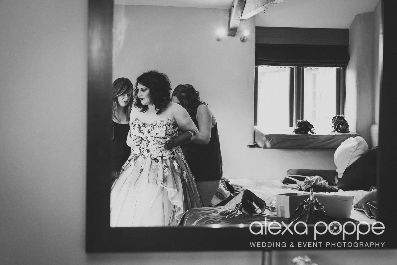 LM_wedding_trevenna_cornwall-8.jpg