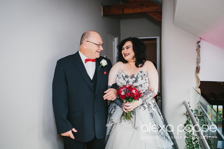 LM_wedding_trevenna_cornwall-18.jpg
