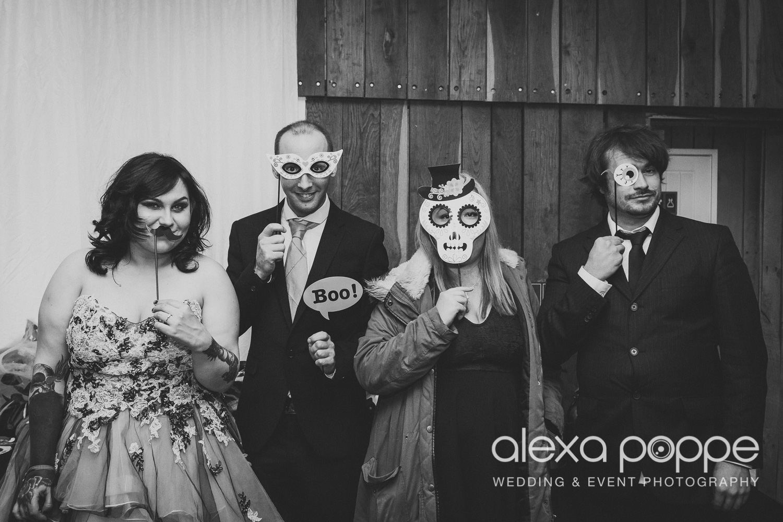 LM_wedding_trevenna_cornwall-73.jpg