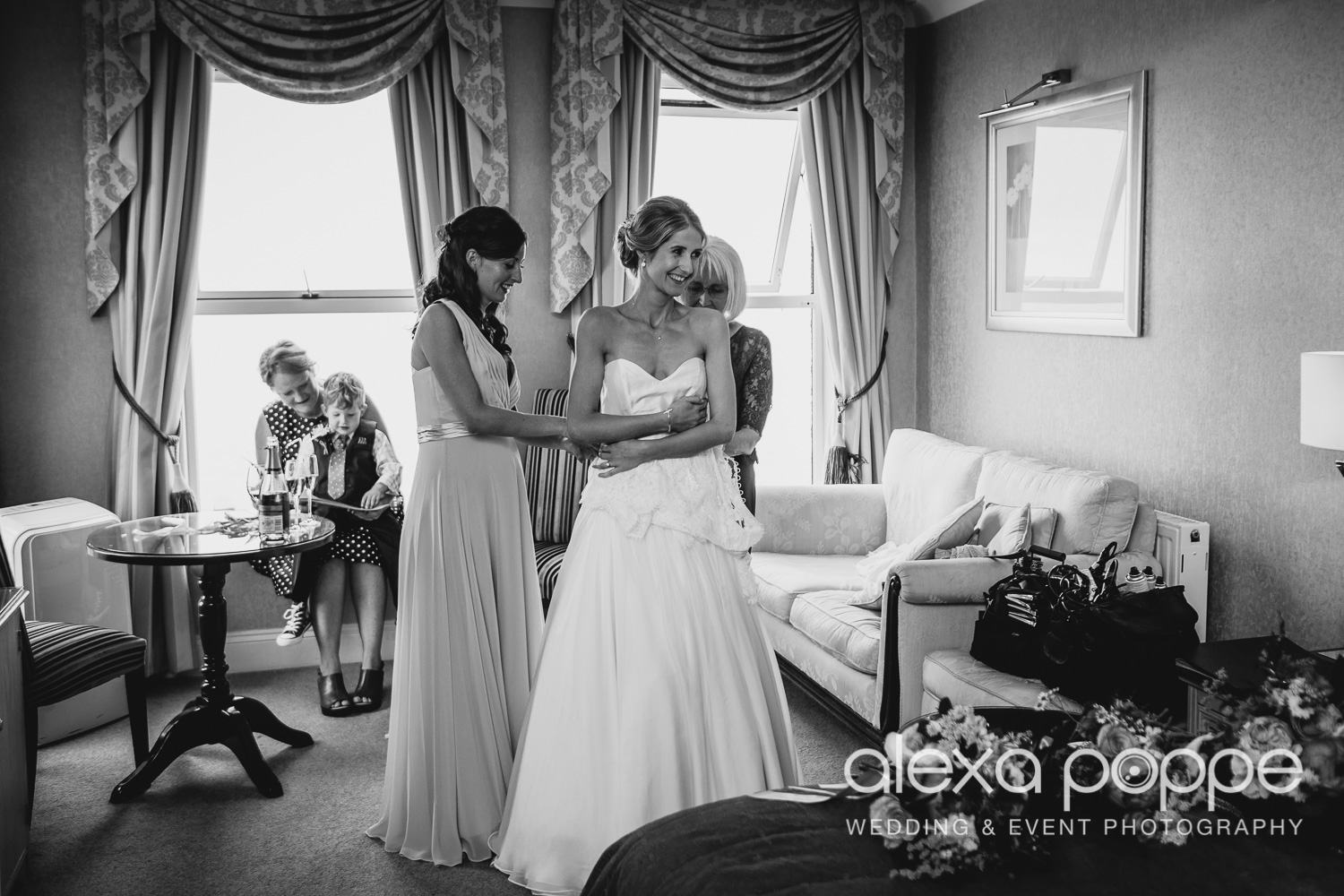 AZ_wedding_carlyonbay-13.jpg