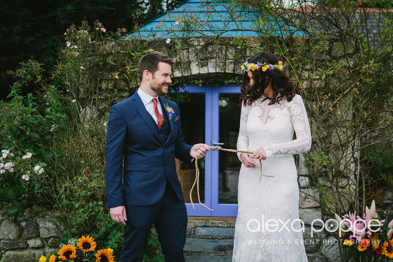 LR_wedding_lowerbarns-22.jpg