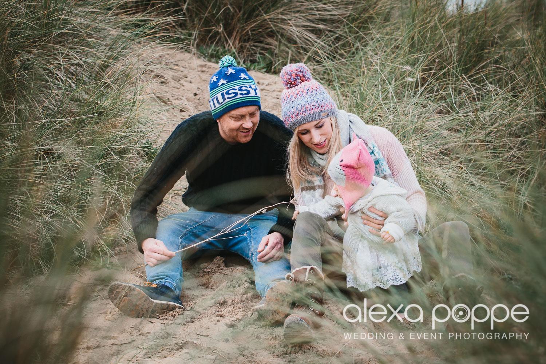 BA_familyportraits_crantock-17.jpg