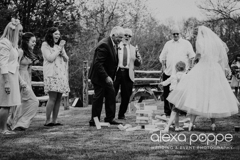 RW_wedding_kilminorthcottages_35.jpg