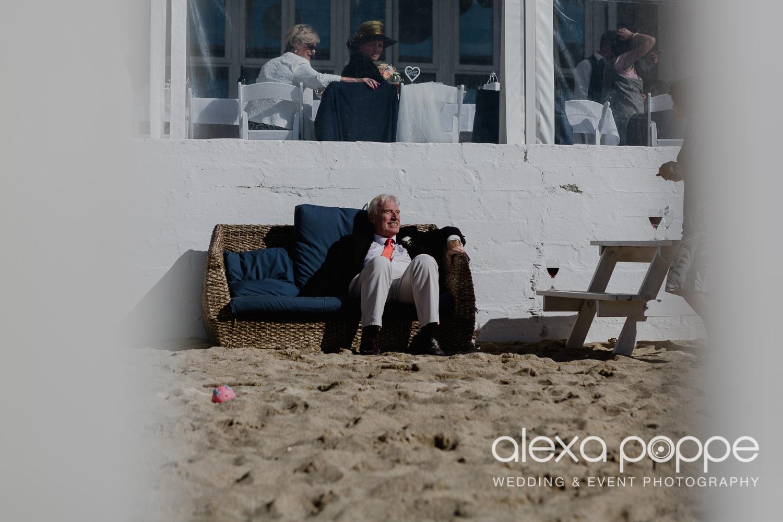 DM_beachwedding_lustyglaze_cornwall_47.jpg