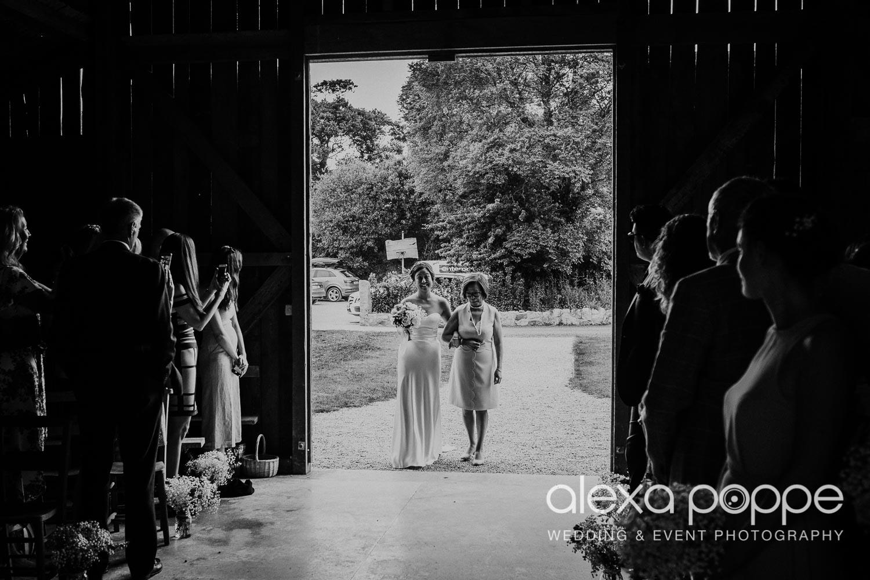 CM_wedding_nancarrowfarm_29.jpg
