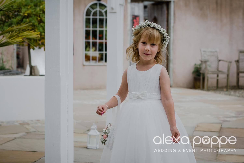 AH_wedding_lowerbarns_20.jpg