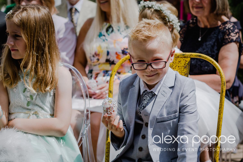 AH_wedding_lowerbarns_30.jpg