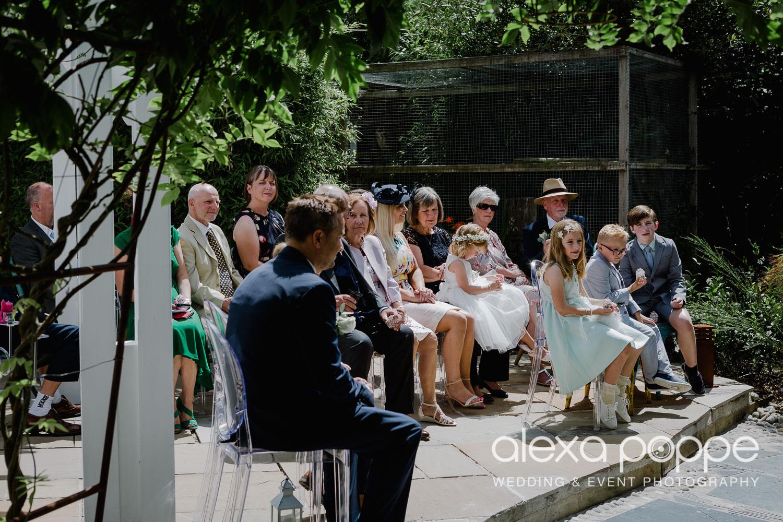 AH_wedding_lowerbarns_31.jpg