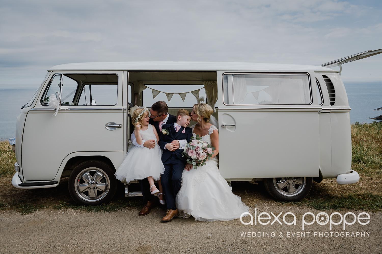 AH_wedding_lowerbarns_44.jpg
