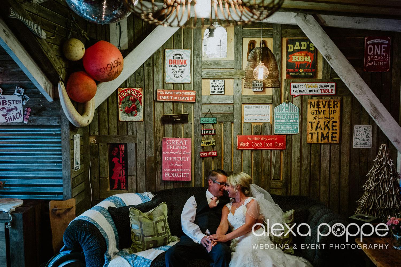 AH_wedding_lowerbarns_84.jpg
