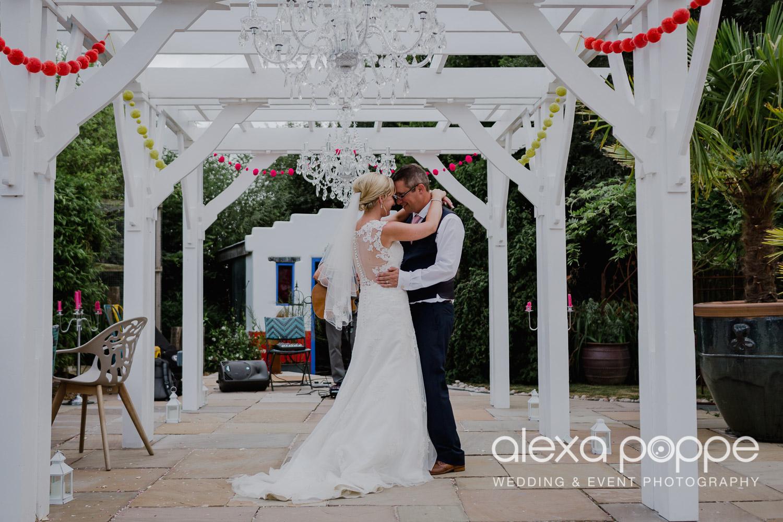 AH_wedding_lowerbarns_88.jpg