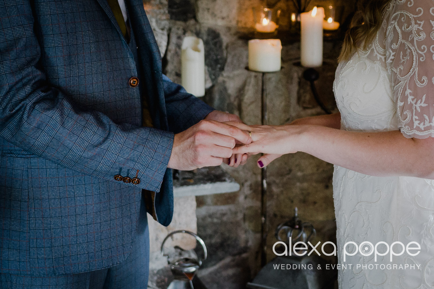 KR_elopement_lowerbarns_cornwall_6.jpg