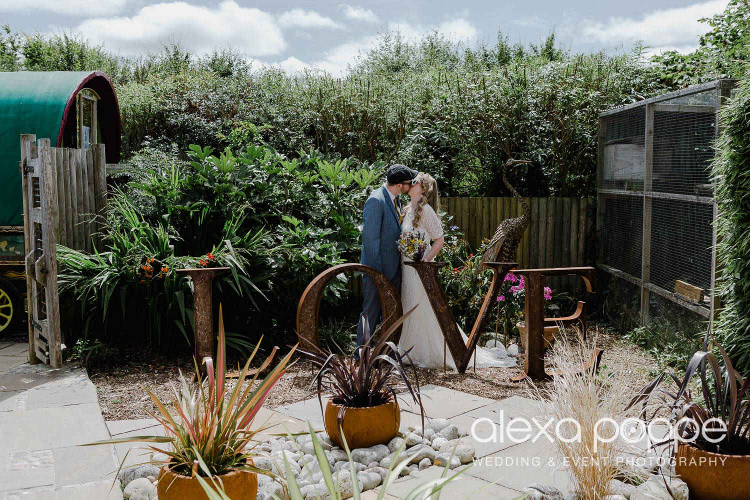 KR_elopement_lowerbarns_cornwall_22.jpg