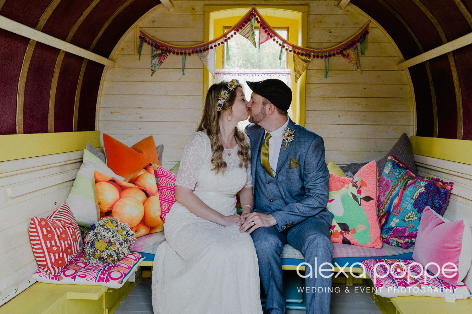 KR_elopement_lowerbarns_cornwall_24.jpg