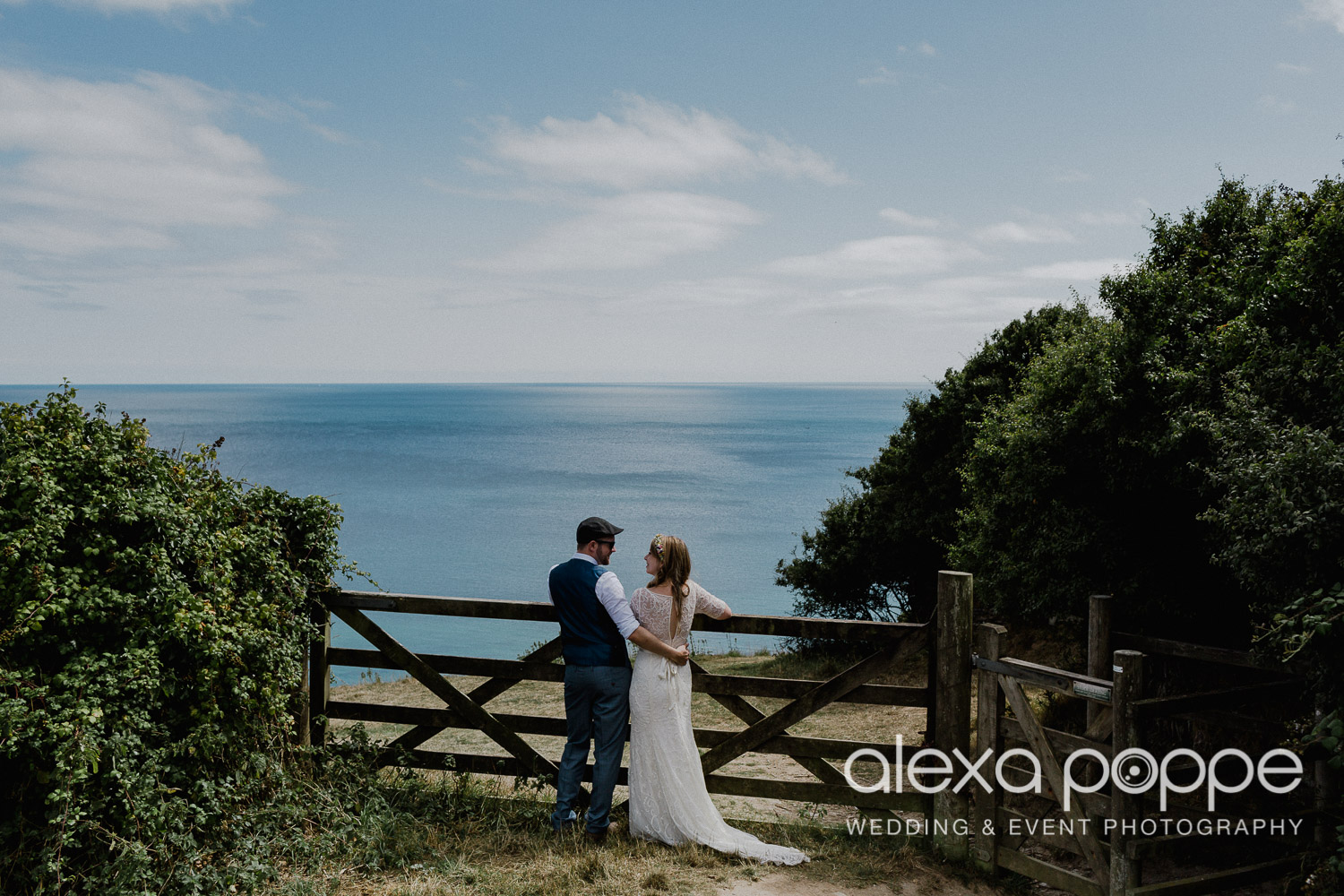 KR_elopement_lowerbarns_cornwall_27.jpg