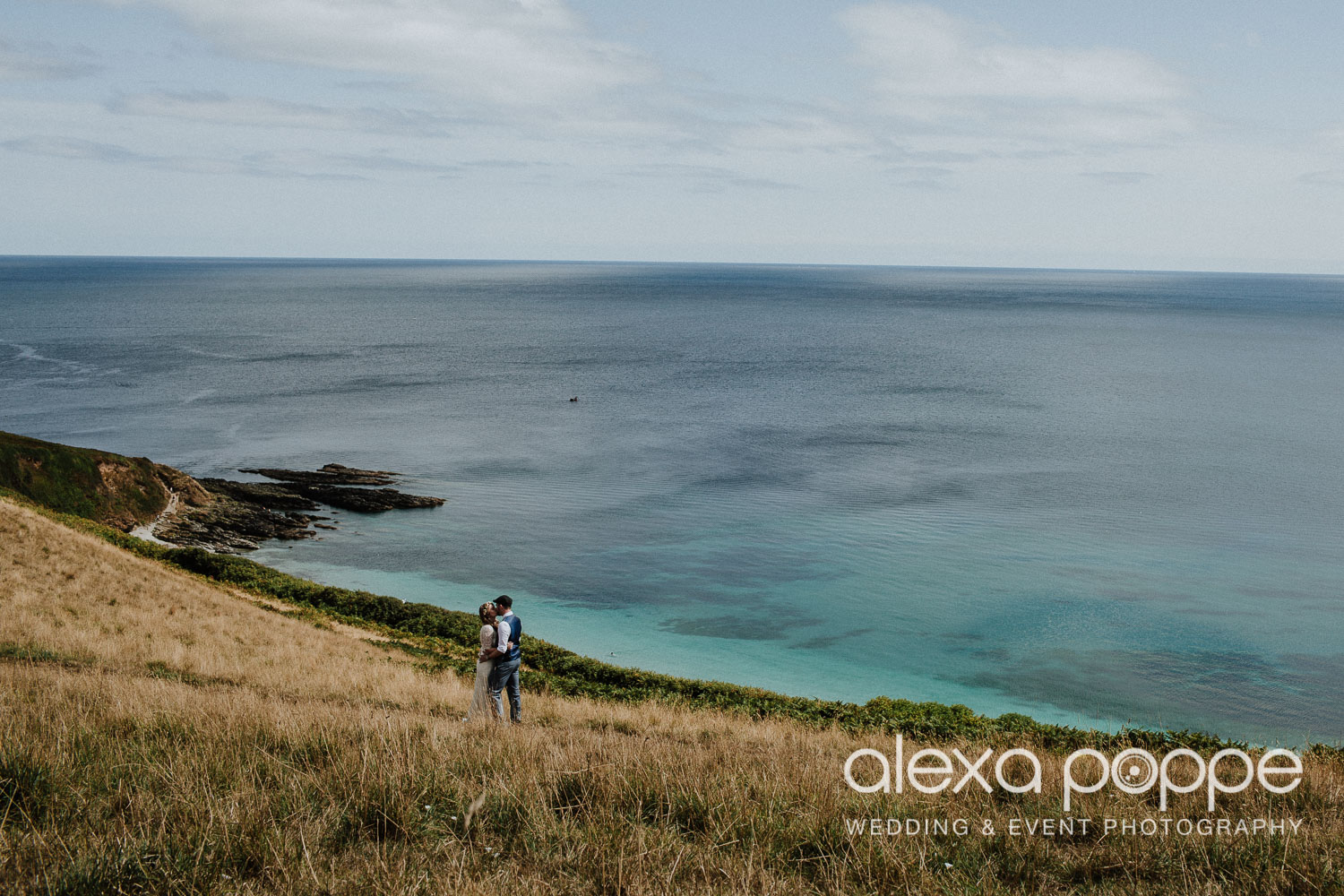 KR_elopement_lowerbarns_cornwall_30.jpg