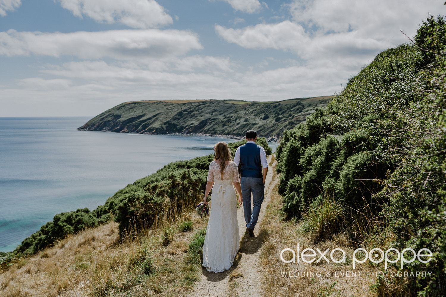 KR_elopement_lowerbarns_cornwall_31.jpg