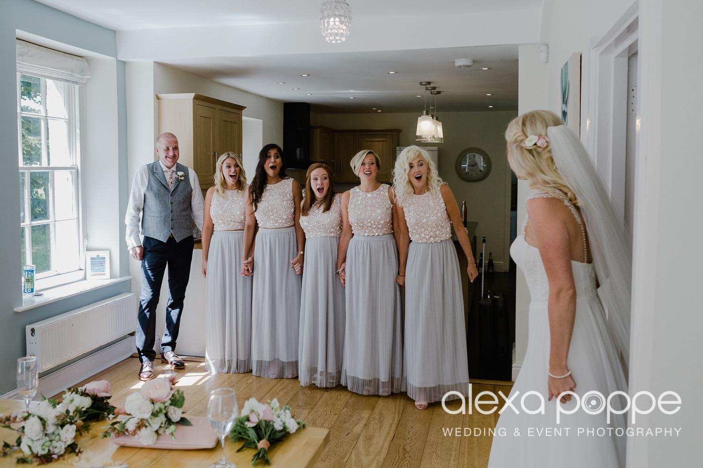 JA_outdoor_wedding_thegreen_cornwall_17.jpg