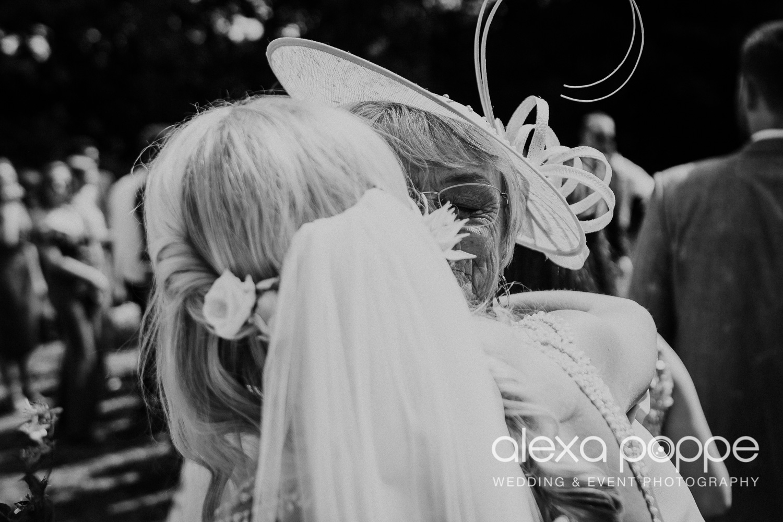 JA_outdoor_wedding_thegreen_cornwall_32.jpg