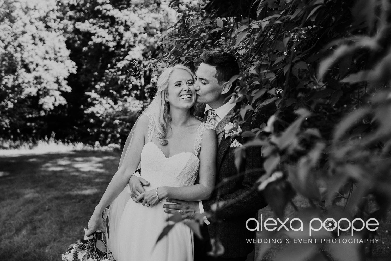 JA_outdoor_wedding_thegreen_cornwall_42.jpg