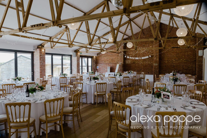 JA_outdoor_wedding_thegreen_cornwall_49.jpg