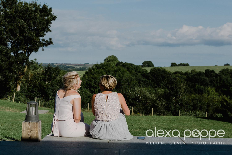 JA_outdoor_wedding_thegreen_cornwall_64.jpg