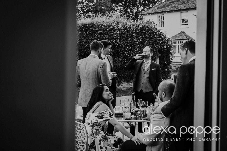 JA_outdoor_wedding_thegreen_cornwall_69.jpg