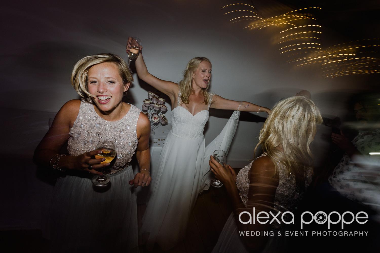 JA_outdoor_wedding_thegreen_cornwall_82.jpg