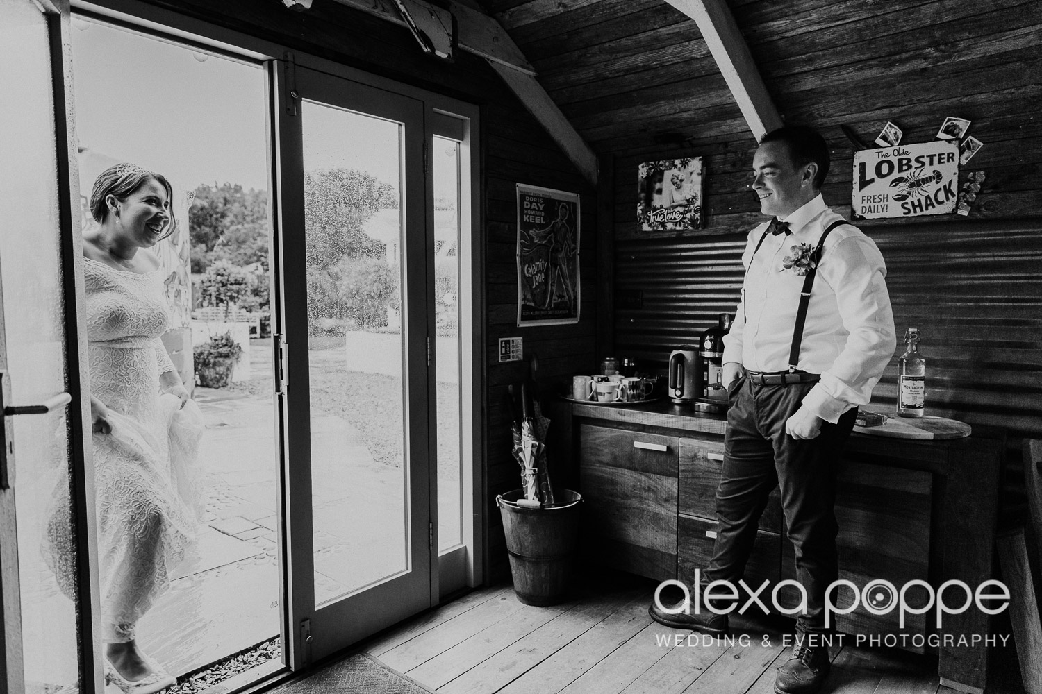 KM_elopement_lowerbarns_7.jpg