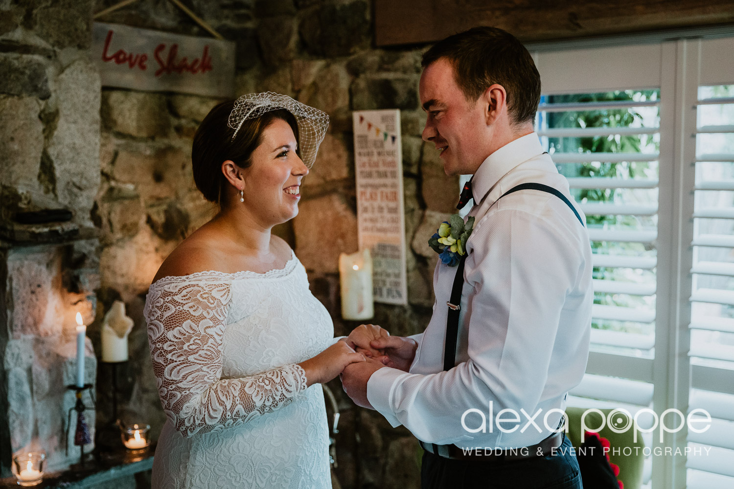 KM_elopement_lowerbarns_14.jpg