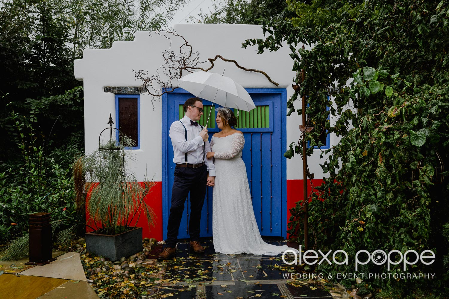 KM_elopement_lowerbarns_26.jpg