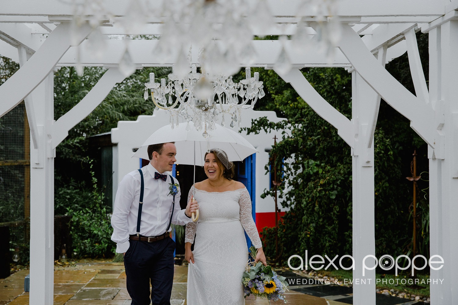 KM_elopement_lowerbarns_27.jpg