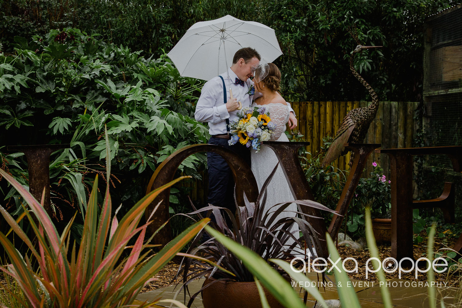 KM_elopement_lowerbarns_30.jpg