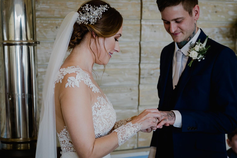 BA_wedding_lustyglaze_cornwall_34.jpg