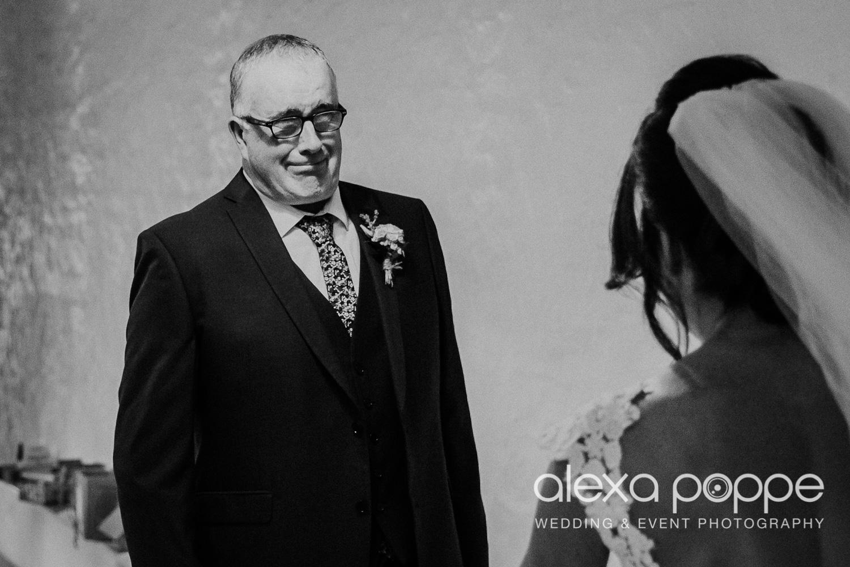 LJ_wedding_cosawesbarton_9.jpg