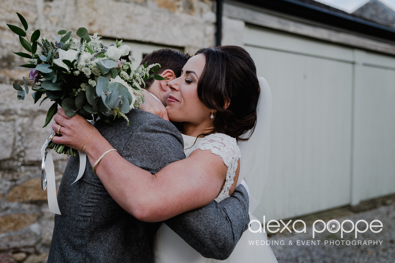 LJ_wedding_cosawesbarton_28.jpg