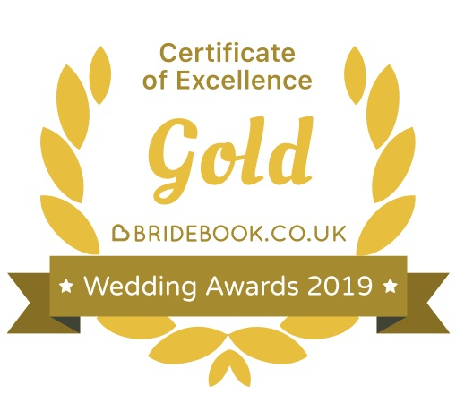 Yes, yes, yes! I've just found out that I've won a Bridebook 'Gold Award of Excellence'! Thanks to all the lovely couples who have voted for ma and left such amazing reviews :-)