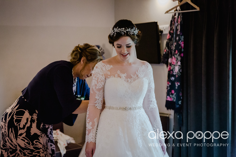 HT_wedding_trevenna_23.jpg