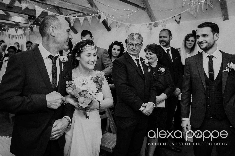 CJ_wedding_thegreen_cornwall_14.jpg