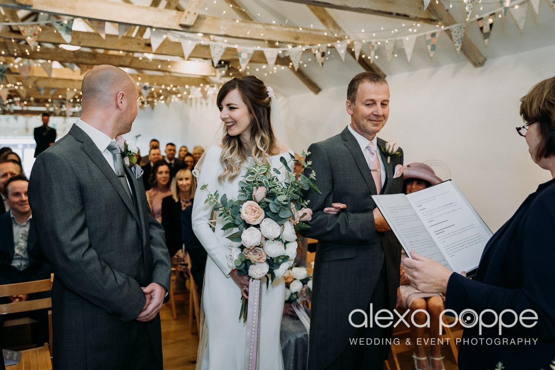 LS_wedding_thegreen_cornwall_12.jpg